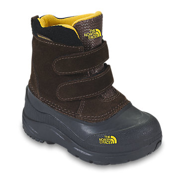 photo: The North Face Boys' Chilkats winter boot