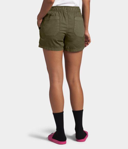 Women's Motion Pull-On Short-