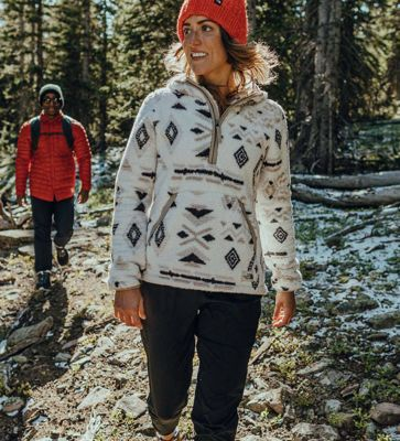 Holiday Gift Guide | Womens' Fleece